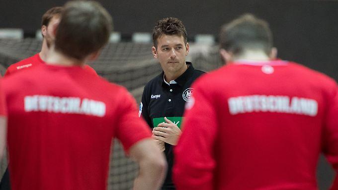 Debüt mit Druck: Christian Prokop geht mit umstrittenen Personalentscheidungen in sein erstes großes Handballturnier.