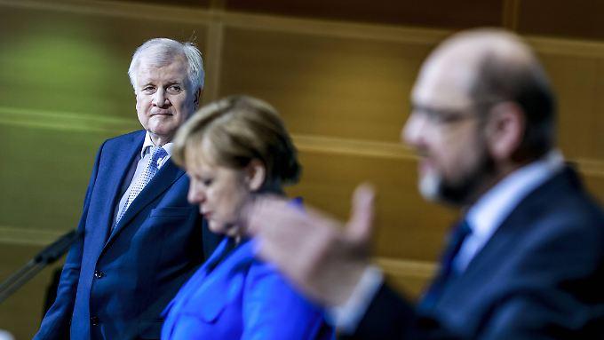 Seehofer, Merkel und Schulz am Morgen in der SPD-Zentrale, dem Willy-Brandt-Haus.