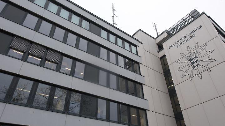 Das Polizeipräsidium in Freiburg ermittelt in dem Fall.
