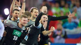 """Stimmen zum Handball-Krimi: """"Müssen uns bei Tobi bedanken, dass er die Nerven bewahrt hat"""""""