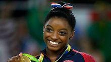 """US-Olympiasiegerin klagt an: Simone Biles: """"Auch ich wurde missbraucht"""""""