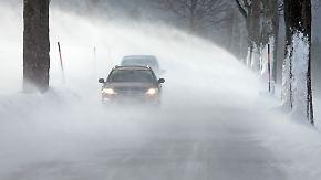 """Böen bis 120 Kilometern pro Stunde: Tief """"Friederike"""" bringt Sturm und Schnee"""