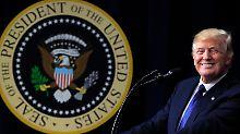"""Vor """"Fake News""""-Preisvergabe: US-Senator vergleicht Trump mit Stalin"""