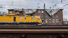 Verkehr weitgehend stabilisiert: Sturm beschädigt Schienennetz stark