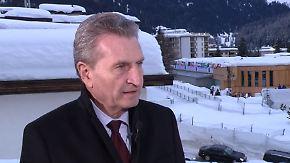 """Günther Oettinger in Davos: """"Muss nicht jeden Gefühlsausbruch öffentlich machen"""""""