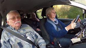 Biberach will Unfallzahlen senken: Rentner tauschen Führerschein gegen kostenloses Busticket