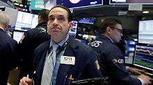 Panik an den Weltbörsen: Dow sackt ab, Nikkei bricht fast 6 Prozent ein