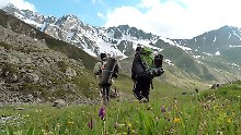 Wandern ist Simon Polsters Leidenschaft - in Georgien kann er das zur Genüge.