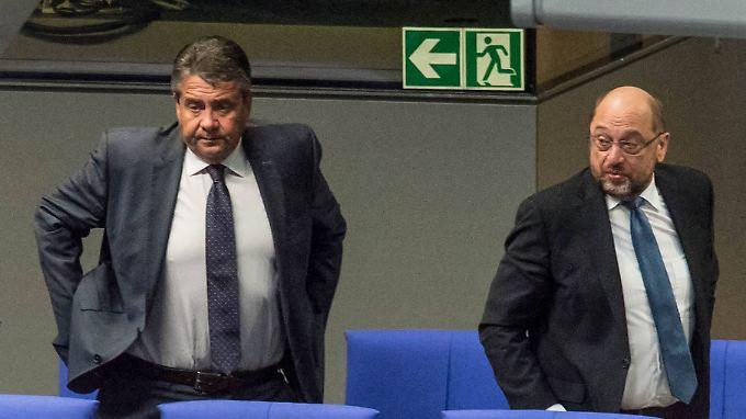 Zwei Männer, ein Posten: Sigmar Gabriel und Martin Schulz wollen Bundesaußenminister sein.