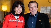 Altkanzler lernt für Verlobte: Schröder hadert mit Koreanisch-Unterricht
