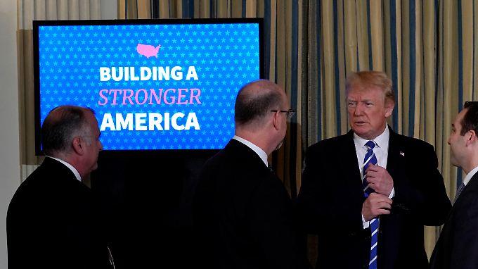 Leere Staatskassen, große Pläne: Trump präsentiert 1,5-Billionen-Dollar-Infrastrukturprogramm