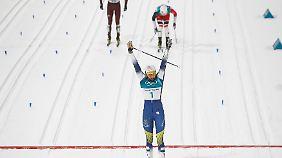 Während die Konkurrenz noch kämpft, kann Stina Nilsson schon jubeln.
