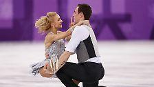 Im Kurzprogramm patzt das deutsche Eislaufpaar.