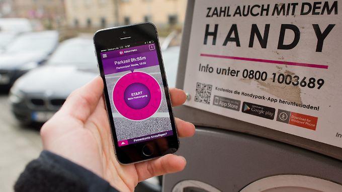 Bereits seit 2015 gibt es Apps, die das Parken leichter machen sollen.