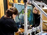 Bilder und Skulpturen untersucht: Picasso übermalte Hände und Landschaft