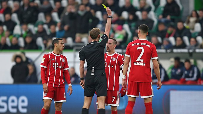 """Nur"" Gelb lautet Sascha Stegemanns Urteil gegen Franck Ribéry."