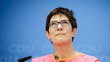 """""""Allzweckwaffe der CDU"""": Kramp-Karrenbauer - die neue Spitzenfrau"""