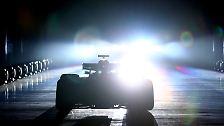 """Mercedes fährt dank """"Halo"""" in der kommenden Saison nicht nur unter einem Heiligenschein, sondern präsentiert auch seinen neuen Rennwagen in göttlich anmutendem Licht."""