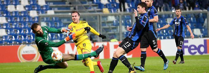1:1 in Bergamo: Dortmund ist weiter - mit Glück