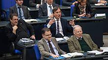 """""""Ekelhafter Rassismus"""": Bundestag kritisiert die AfD scharf"""