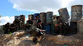 Gefechte trotz Feuerpause: Hilfskonvois können nicht nach Ost-Ghuta vordringen