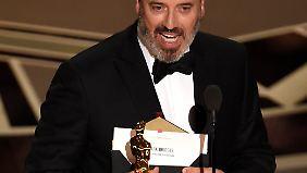 """Mark Bridges entwarf für """"Der seidene Faden"""" die besten Kostüme des Oscar-Jahres."""