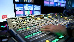 Debatte um Gebühren geht weiter: Schweizer stimmen für öffentlichen Rundfunk