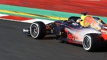 F1-Tests nehmen Fahrt auf: Rekord für Red Bull, wieder Pech für McLaren