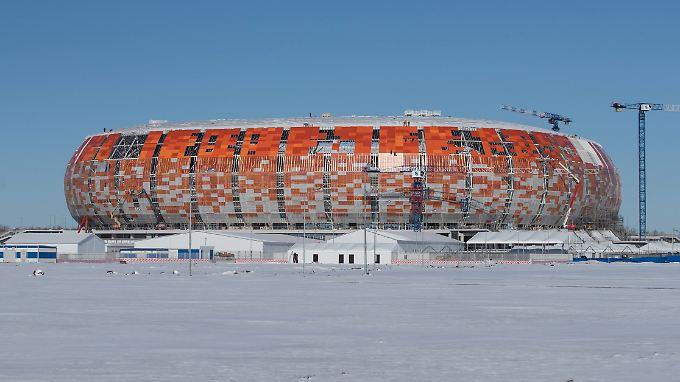 Bis zur WM ist alles fertig, versprochen - auch das Stadion in Saransk.
