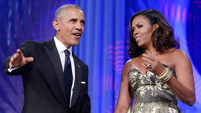 An Kameras dürften sich  Barack Obama und seine Frau Michelle nach acht Jahren als Präsidentenpaar gewöhnt haben.