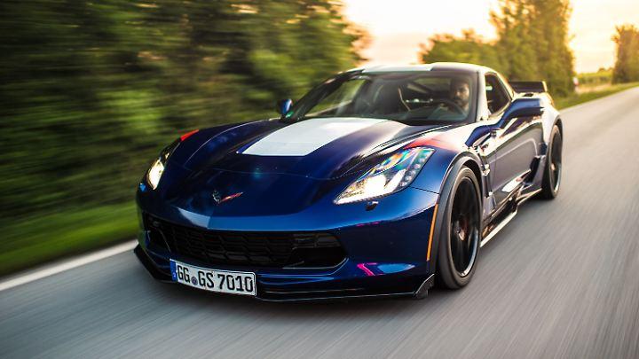 Verfügt über alle klassischen Zutaten eines US-amerikanischen Sportwagens: die Corvette als Coupé.