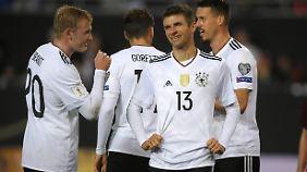Die Mehrheit der Deutschen wollen Thomas Müller und Co bei der WM sehen - ist ja auch verständlich.