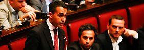 Regierungsbildung in Rom: Zwei Fliegen mit einer Klappe