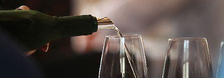 Kalorienarmer Wein im Trend: Deutsche setzen auf Weiß statt Rot
