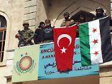 """Zentrum """"vollständig"""" erobert: Türkische Armee rückt in Afrin ein"""