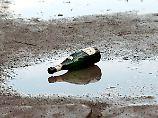 Mit einer Sektflasche erschlug der Mann seine Ex.