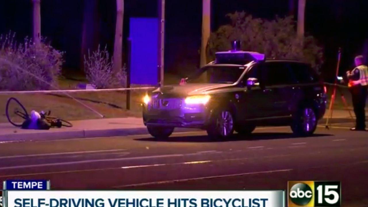 Tödlicher Unfall in Arizona: Selbstfahrendes Auto überfährt ...