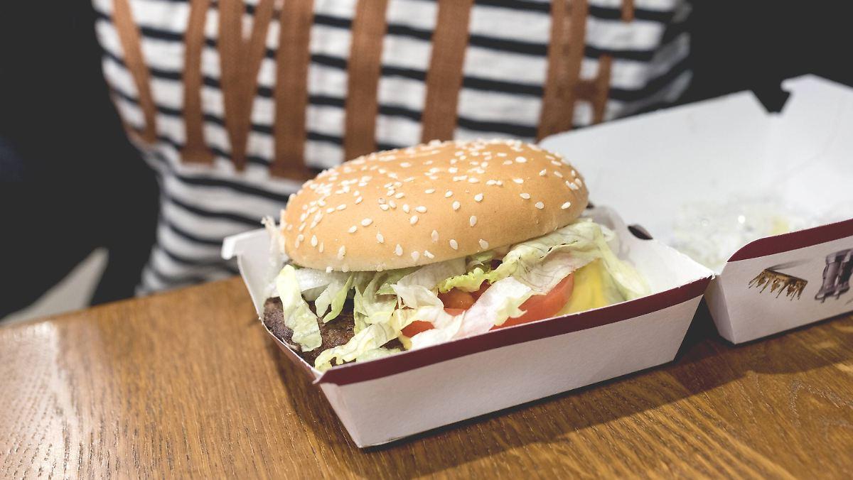der tag franzosen essen mehr burger als baguette n. Black Bedroom Furniture Sets. Home Design Ideas