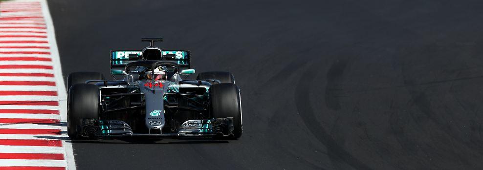 Der amtierende Weltmeister bekommt freilich die erste Ehre. Das Mercedes-Team geht auch in der Saison 2018 als Top-Favorit an den Start. Sowohl im Kampf um den Fahrer-, als auch um den Konstrukteurstitel.