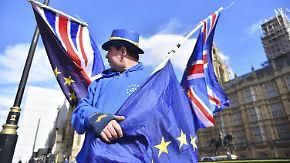 Übergangsphase beruhigt nur wenig: Britische Jugend lehnt sich gegen Brexit auf