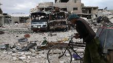 Letzte Rebellen verlassen Duma: Syrische Armee vor Einnahme von Ost-Ghuta