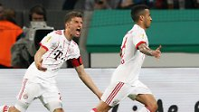 Leverkusen gut - und deklassiert: FC Bayern stürmt mit Torgala ins Pokalfinale