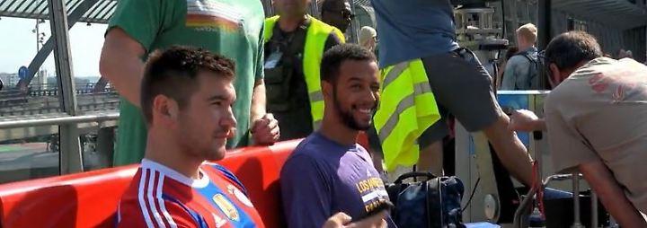 """Terrorist im Thalys gestoppt: US-Soldaten spielen sich in """"Der 15-17er nach Paris"""" selbst"""