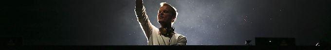 Der Tag: 19:37 Schwedischer DJ Avicii mit 28 Jahren gestorben