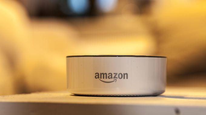Die Roboter könnten Amazons Sprachassistentin Alexa in Zimmer ohne Echo-Lautsprecher des.