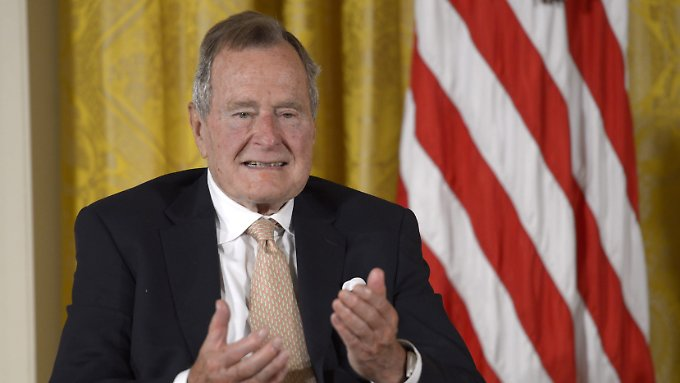 George H. W. Bush im Juli 2013.