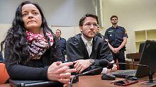 Der Tag: Verteidiger im NSU-Prozess: Zschäpe war keine Mittäterin