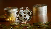 Der Börsen-Tag: Milliarden-Beutezug: Krypto-Coins ziehen Hacker an