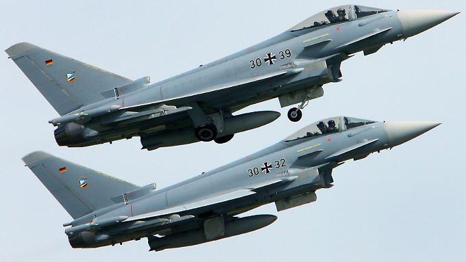 Bei der Nato habe Berlin insgesamt 82 Jets (hier ein Archivbild) für Krisenfälle zugesagt.