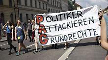 Großdemo in München: 30.000 protestieren gegen Polizeigesetz